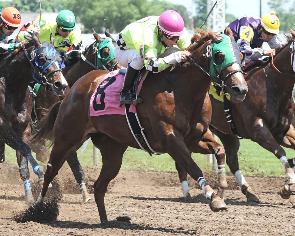 Dirt Road Queen - Minnesota Stallion Breeders' & NCQHRA Derby - 06-08-14 - R03 - CBY - Action Finish